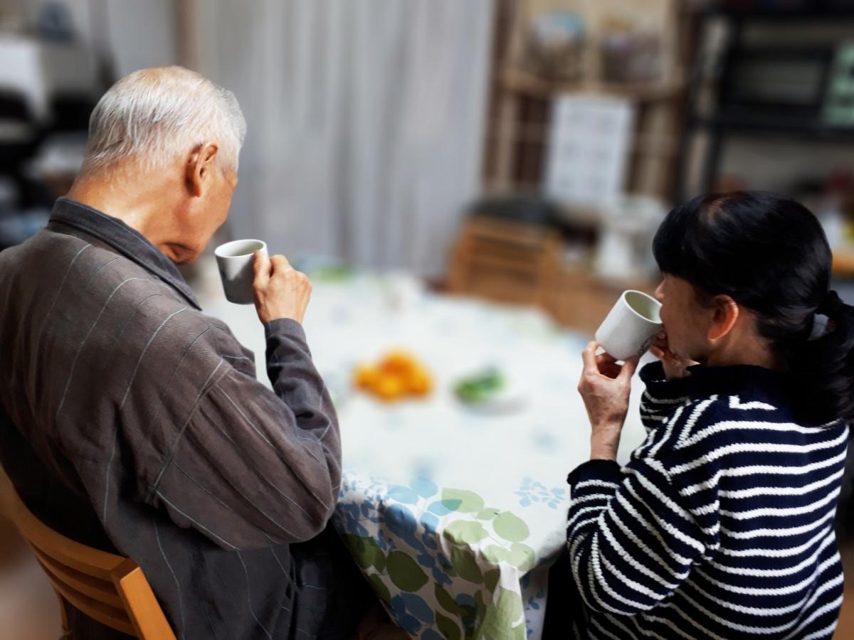親の介護に専念するために介護離職した女性